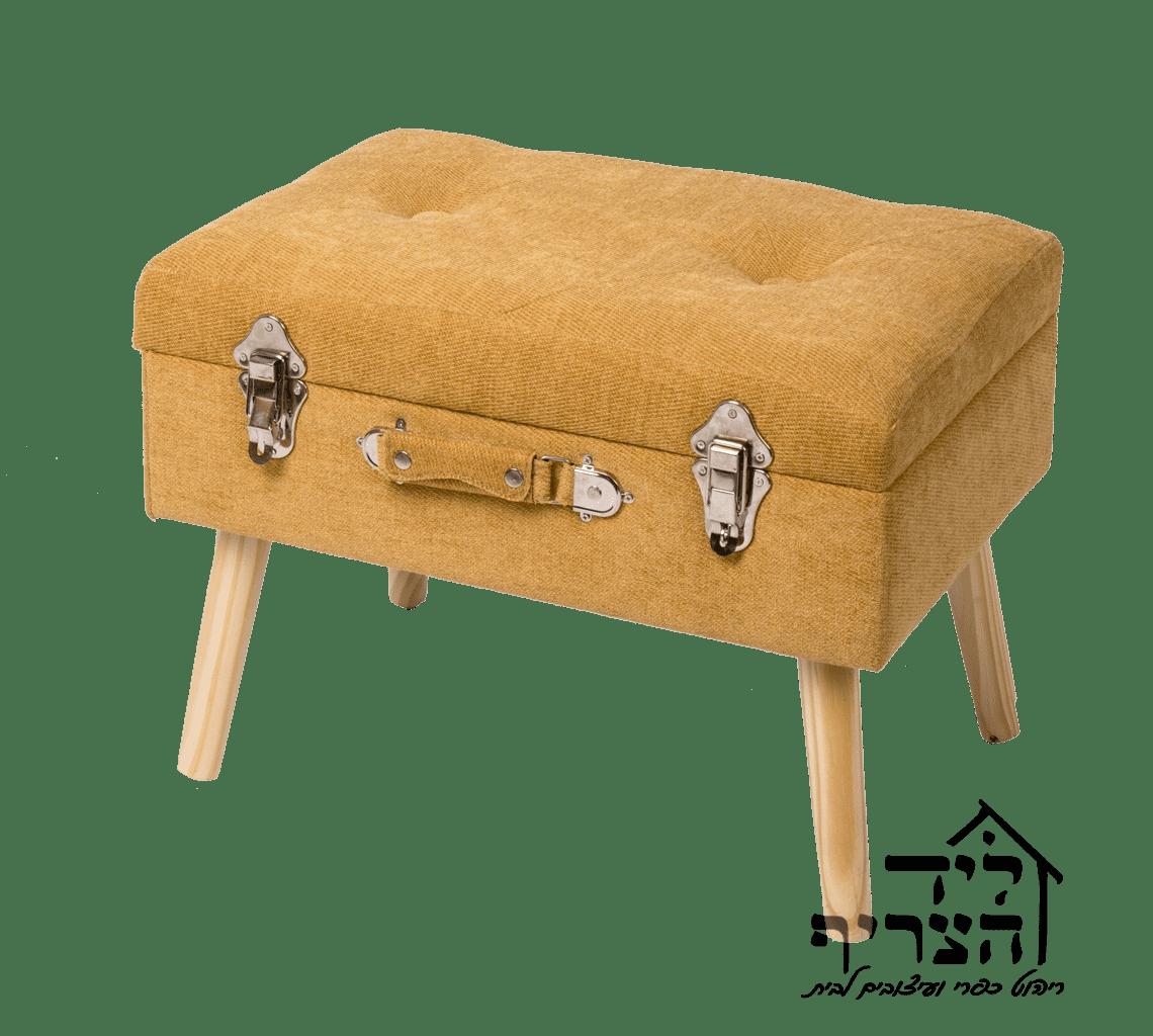 הדום מזוודה עם מקום אחסון - צבע תכלת או חרדל או אפור - - כיסא אוכל מעץ מלא- כיסא גב איקס - CROSS BACK CHAIR- כיסא אוכל ליד הצריף גדרה - יבוא ריהוט כפרי