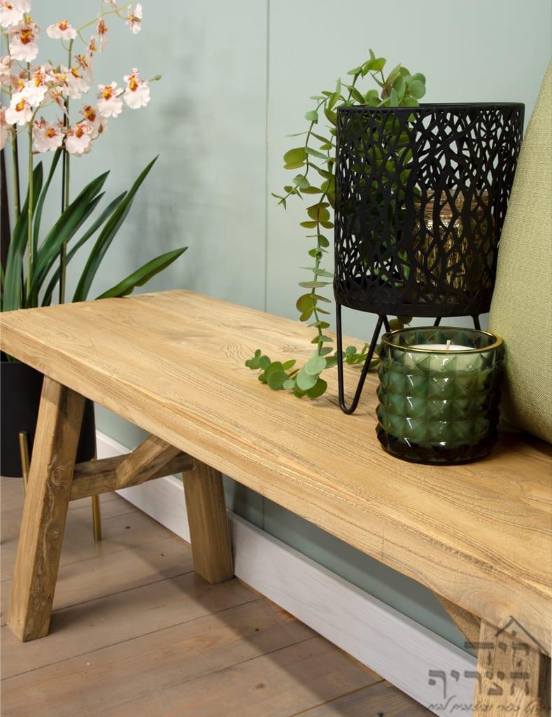 ריהוט כפרי-עץ בוקיצה ממוחזר-שולחן סלון כפרי מעץ מלא - שולחן אבירים -ויטרינה-שולחן אוכל- כיסאות אוכל - קונסולות- שידות- מראות חנות היבואן ליד הצריף, גדרה 08-8598173